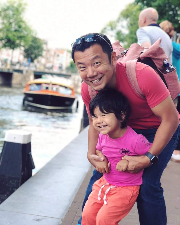 amsterdam-canal-cruise_44324877842_o